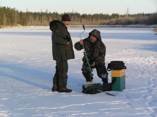 какая рыба ловится зимой в озере